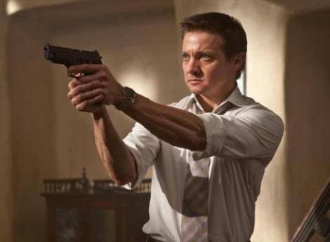 Jeremy-Renner-gets-into-the-action-S0O2HUP-x-large.jpg
