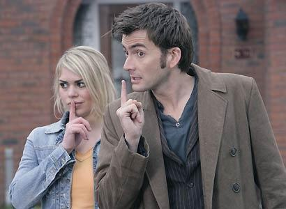 doctor-who-and-rose-tyler-badwolf-tenth-rose-1082174_410_300-thumb-jpg-d4068876d91c4c31f8d74a9f7c097825
